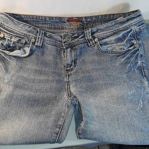 Women's Bongo Flirty blue jeans size 13 distressed